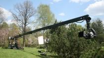 Telescopic camera cranes